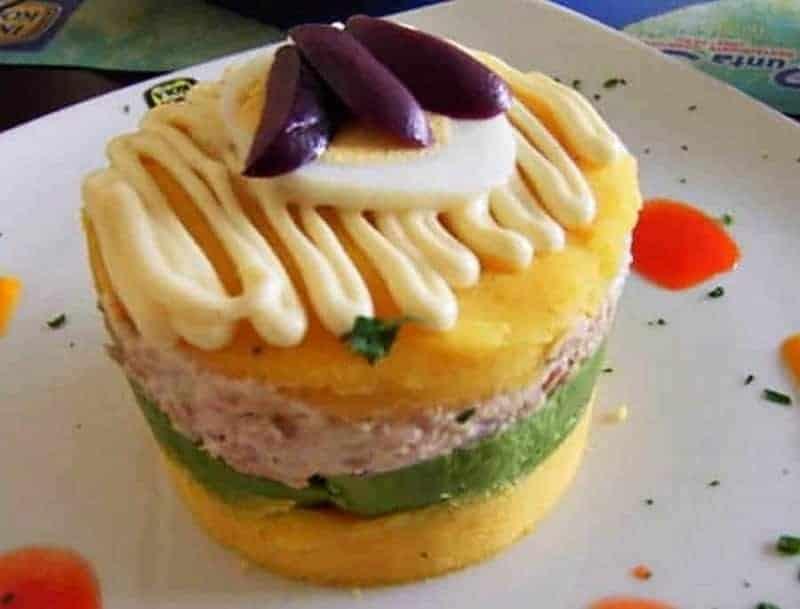18 platos de comida típica peruana 10