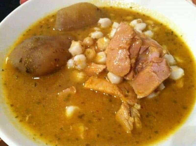 26 platos de comida típica boliviana 16