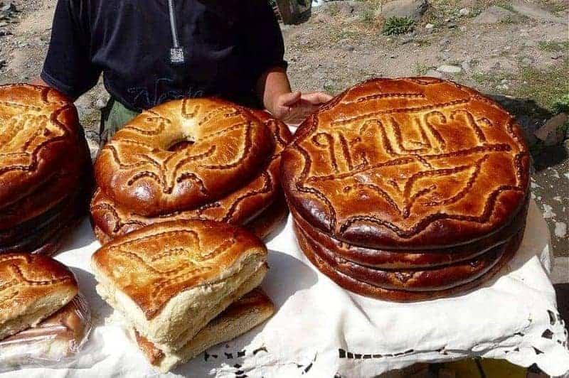 16 platos de comida típica armenia 13