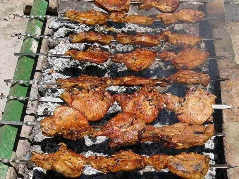 16 platos de comida típica armenia 3