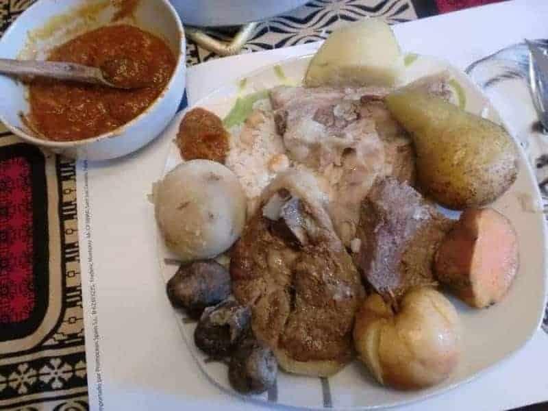 26 platos de comida típica boliviana 9