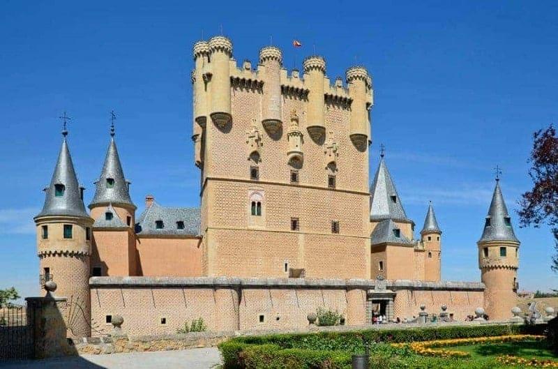 Los 10 castillos más imponentes de España 10