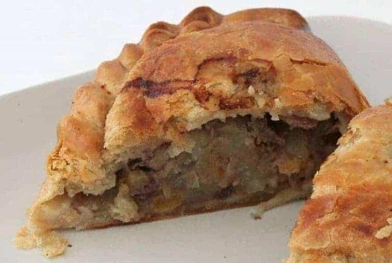 Cornish Pasty (empanada de carne y cebolla)