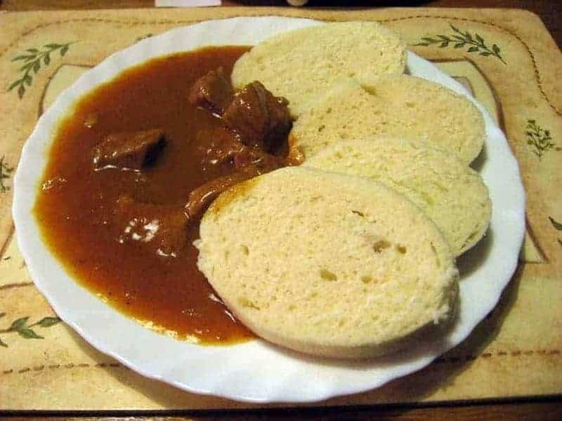 14 platos de comida típica checa 2