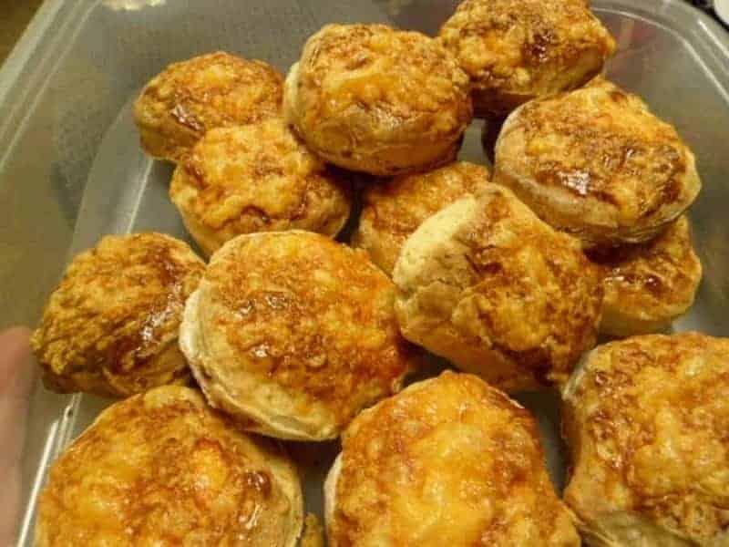 Pogacsa (galletas dulces con queso)