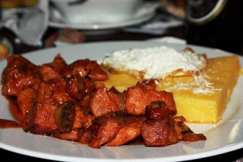 16 platos de comida típica rumana 1