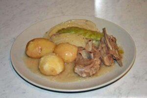 16 platos de comida típica noruega