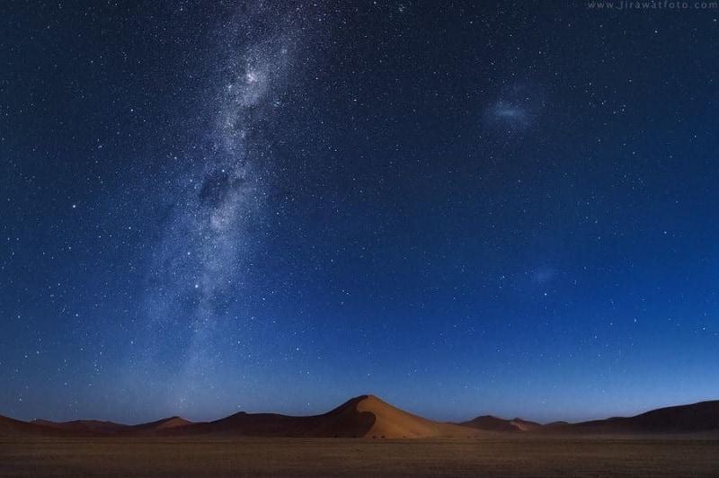 Estrellas en Desierto de Namibia