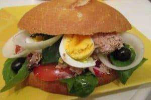 9 platos de comida típica monegasca
