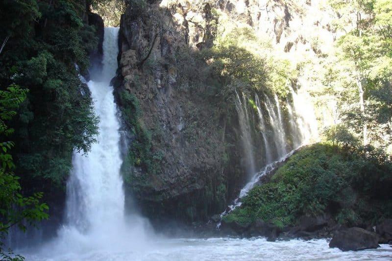 Cascada de la Tzaráracua