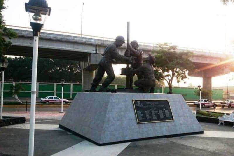 Monumento a los Obreros Petroleros