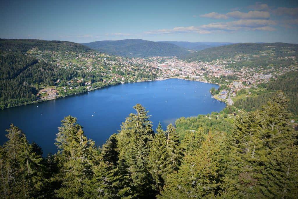 20 lagos de Francia más bonitos 6