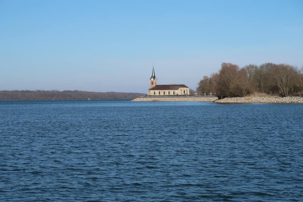 20 lagos de Francia más bonitos 15