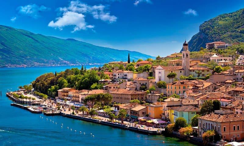 14 lagos de Italia más impresionantes 1