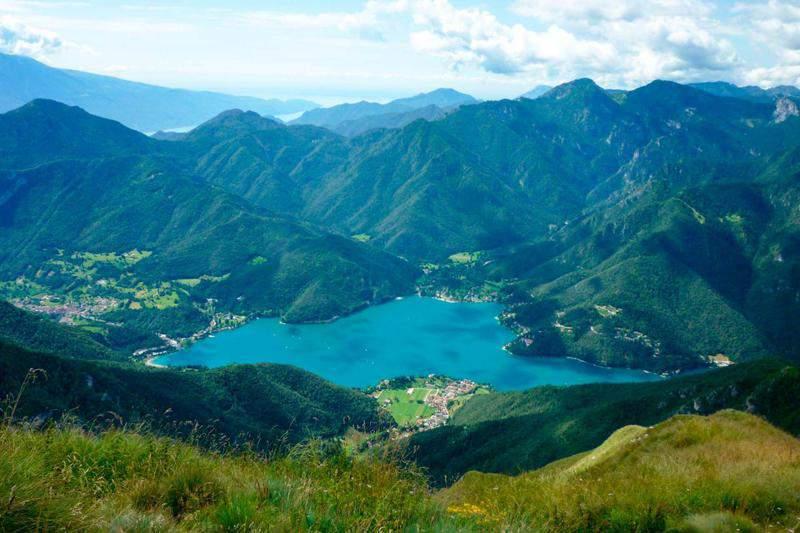 14 lagos de Italia más impresionantes 13