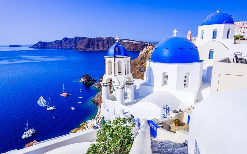 10 lugares que ver en Oia (Santorini) 1