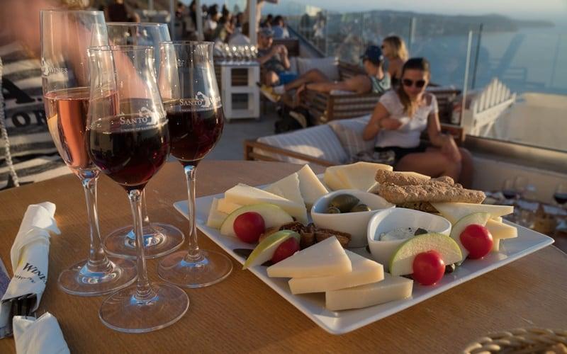 10 lugares que ver en Oia (Santorini) 4