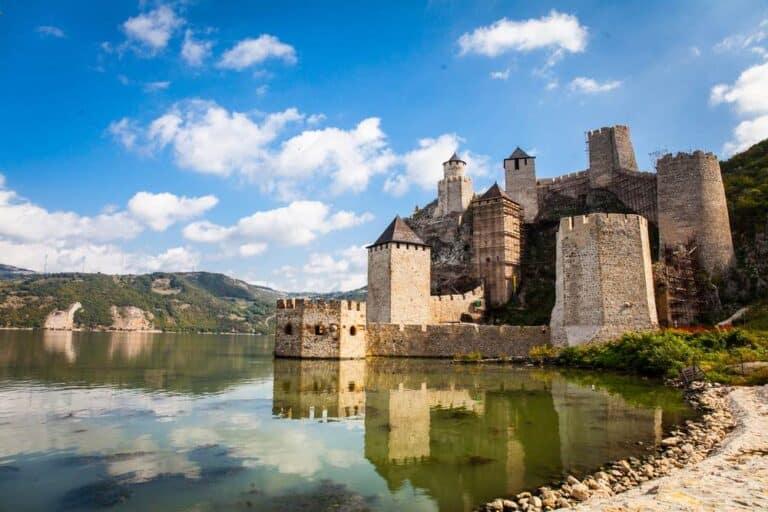 30 lugares que ver en Serbia 2