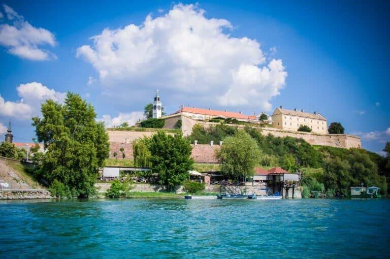 30 lugares que ver en Serbia 16