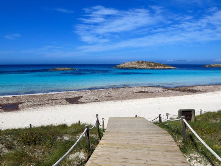 Islas Baleares: las 5 islas y sus atractivos 5