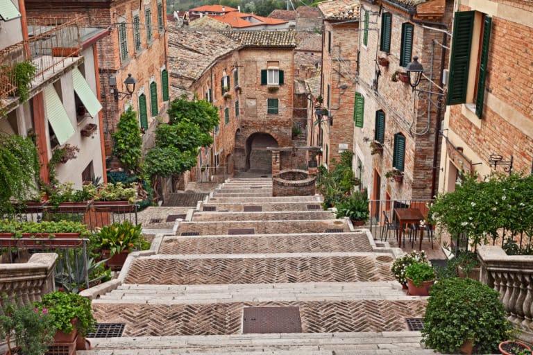 25 pueblos más bonitos de Italia 23
