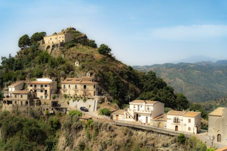 25 pueblos más bonitos de Italia 7