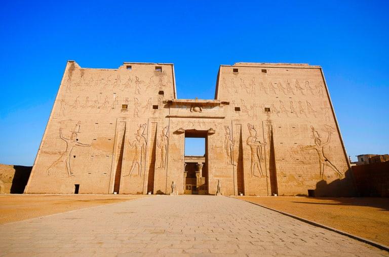 12 templos egipcios más impresionantes 10