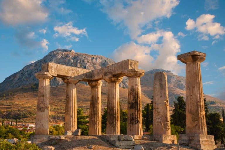 15 templos griegos más impresionantes 6