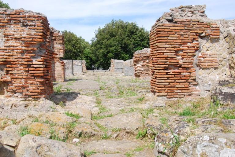 15 templos griegos más impresionantes 16