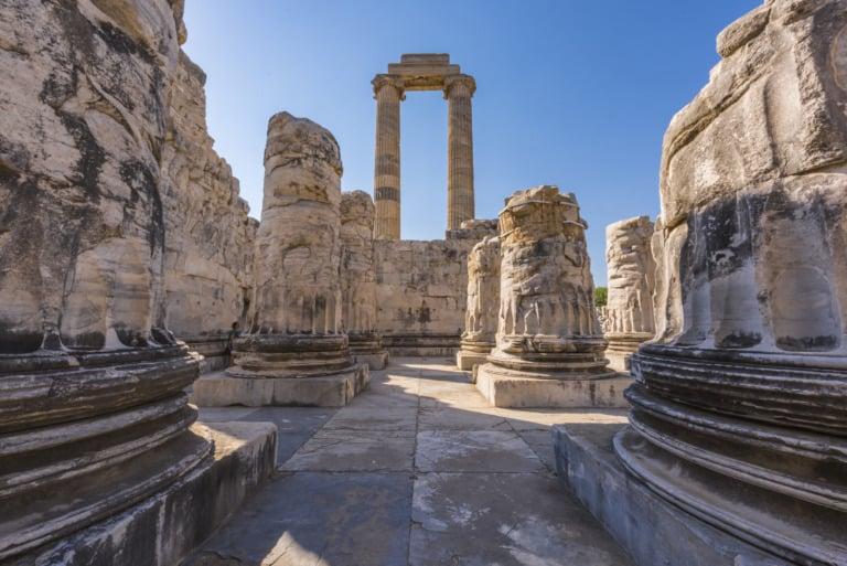 15 templos griegos más impresionantes 14