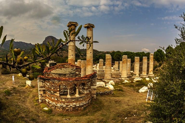 15 templos griegos más impresionantes 10