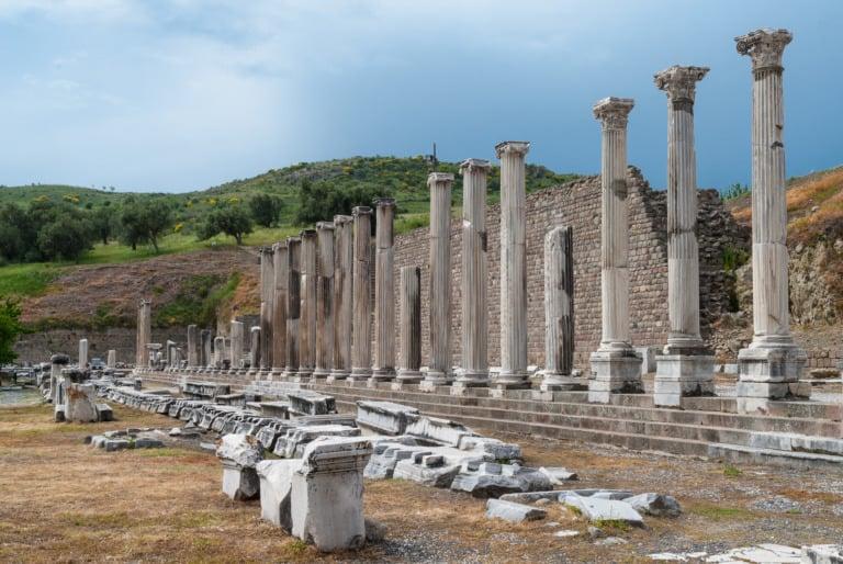 15 templos griegos más impresionantes 5