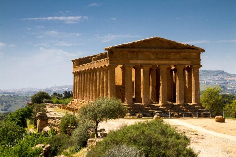 15 templos griegos más impresionantes 1