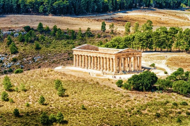 15 templos griegos más impresionantes 11