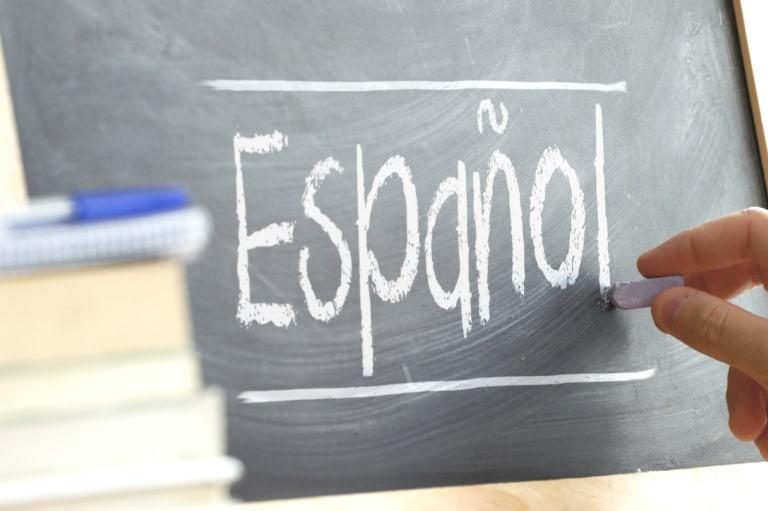 12+8 idiomas más hablados del mundo 4
