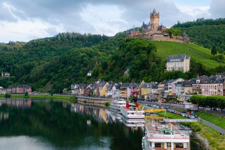 55+ pueblos de Europa más bonitos 26