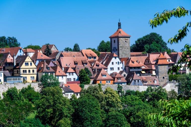 55+ pueblos de Europa más bonitos 35