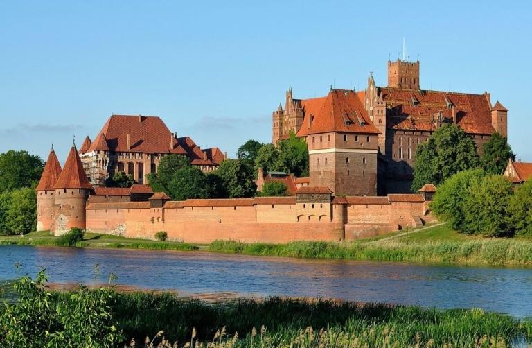 15 castillos más grandes del mundo 15