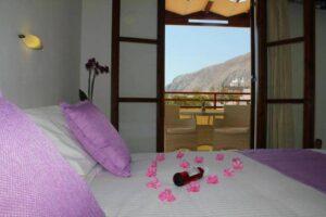 Dónde alojarse en Santorini 21