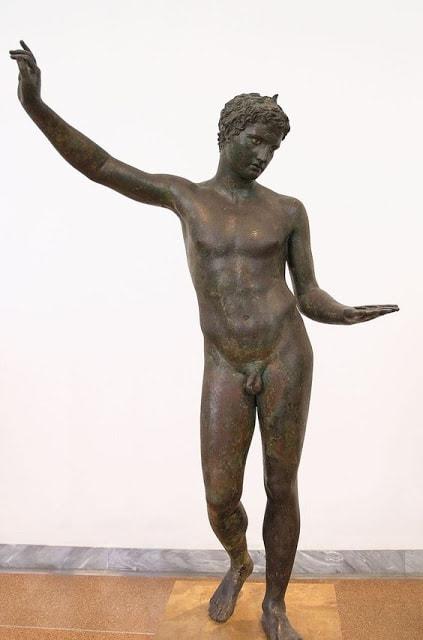 25 esculturas griegas más famosas 17