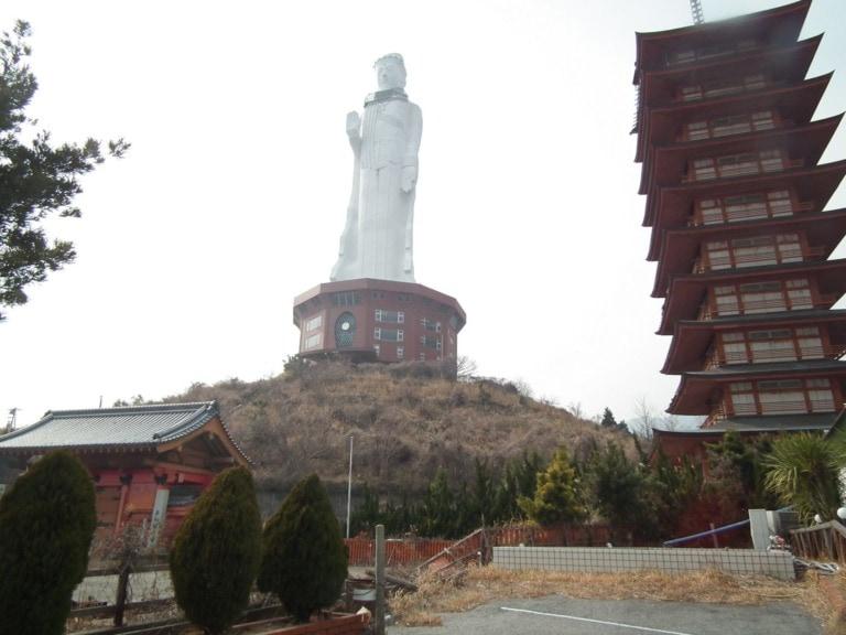 10 estatuas más grandes del mundo 10
