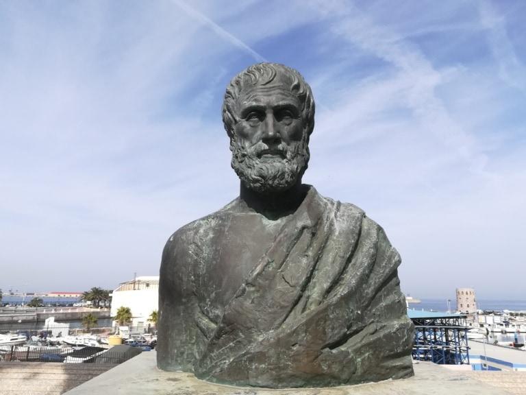 12 filósofos griegos más importantes 9
