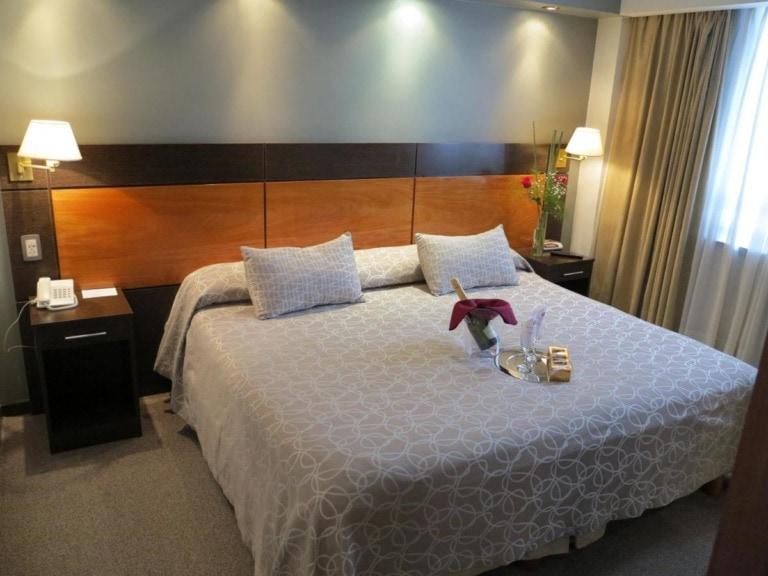 10 mejores hoteles en La Plata 13