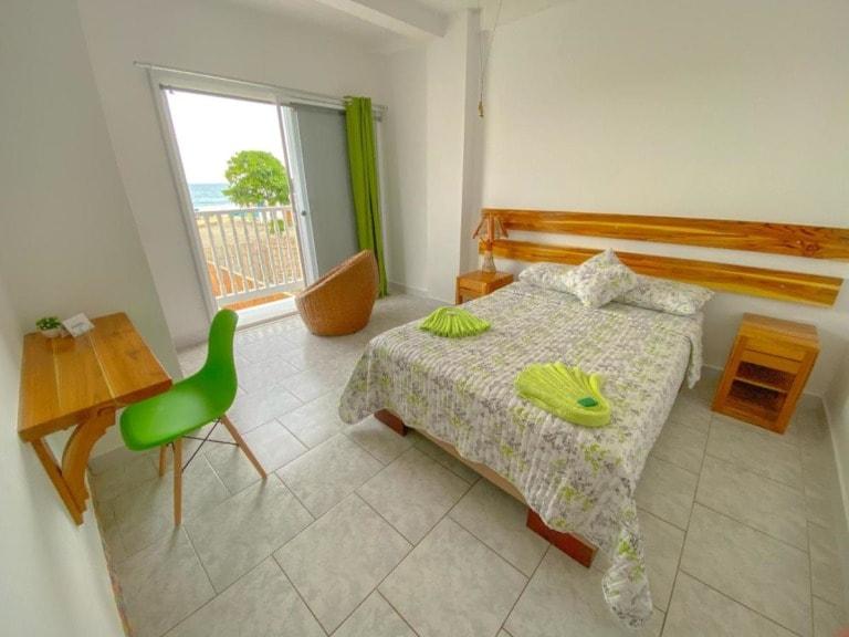 10 mejores hoteles en Puerto López 23