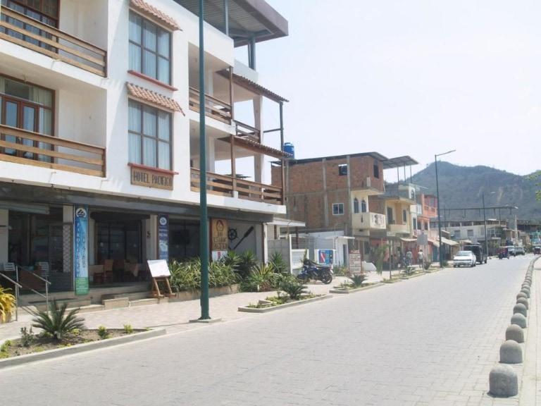 10 mejores hoteles en Puerto López 10