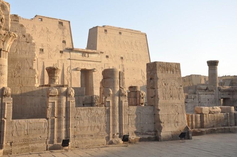 11 monumentos egipcios más famosos 10